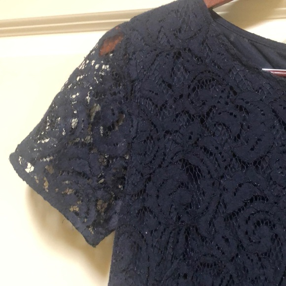 Ann Taylor Dresses & Skirts - Ann Taylor navy lined lace dress 6